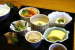 小鉢が彩る七色の御前【地魚料理にしか和】【三田駅前】